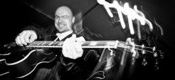 jazz_gitarist_wolf_foto_guus_schoonewille